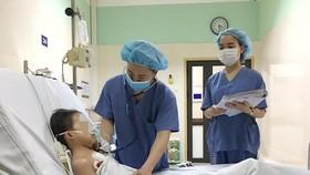 Lần đầu tiên, bệnh nhi nhỏ tuổi nhất Việt Nam được ghép tim của thanh niên 19 tuổi