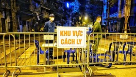 Thường trực Thành ủy Hà Nội: Xử nghiêm người trốn tránh khai báo, tăng tiền ăn cho người cách ly