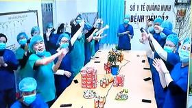 Giao thừa đặc biệt của Bộ trưởng Nguyễn Thanh Long và các y, bác sĩ điều trị bệnh nhân Covid-19