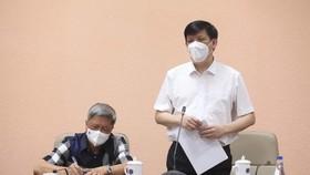 Thứ trưởng Nguyễn Trường Sơn và đoàn công tác thực hiện cách ly đúng quy định