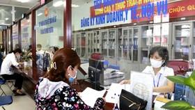 Cán bộ, công chức Hà Nội ra khỏi thành phố dịp nghỉ lễ, cuối tuần phải xin phép lãnh đạo