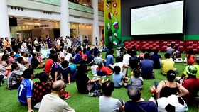 Bộ Y tế yêu cầu không tụ tập xem bóng đá để phòng chống dịch Covid-19