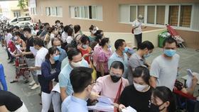 Bộ Y tế yêu cầu đình chỉ ngay cơ sở tiêm chủng vaccine Covid-19 không an toàn