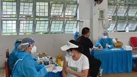Sáng 12-8, cả nước có 4.642 ca mắc Covid-19, hơn 12 triệu người được tiêm vaccine