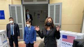 Vaccine Pfizer của Mỹ viện trợ đã tới Hà Nội và TPHCM