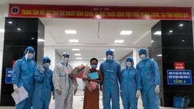Ngày 24-9, hơn 12.000 người khỏi bệnh