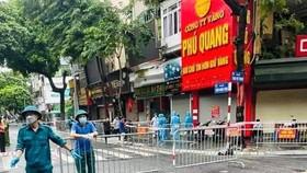 Hà Nội: Hơn 150 người liên quan ca mắc Covid-19 tử vong tại phố Trần Nhân Tông