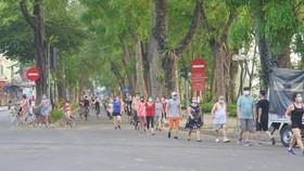 Ngày mai 28-9, Hà Nội mở lại trung tâm thương mại, thể dục, thể thao ngoài trời