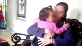 Đình chỉ hoạt động cơ sở giữ trẻ bị tố bạo hành trẻ 1 tuổi