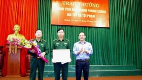 Khen thưởng ban chuyên án phá vụ ma túy lớn nhất biên giới tỉnh Quảng Trị