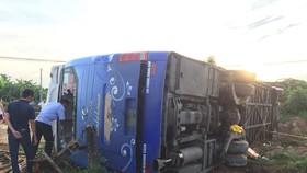 Hiện trường vụ tai nạn xe khách 37B-00930.