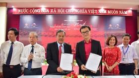 """Ký kết thỏa thuận hợp tác xây dựng Đề án """"Huế - Kinh đô ẩm thực"""" giữa Sở Du lịch tỉnh Thừa Thiên - Huế với Công ty Cổ phần Đại Nam – Thái Y Viện"""