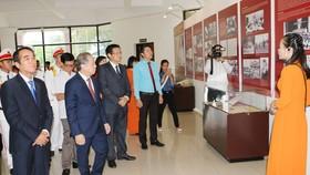 Hơn 300 tư liệu, hiện vật được giới thiệu tại triển lãm
