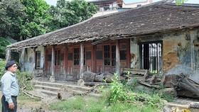 Ngôi nhà rường- công trình duy nhất còn lại tại Châu Hương Viên hiện đứng trước nguy cơ đổ sập 