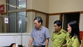 Ông Lương nhập viên cấp cứu sau khi bị Hưng tấn công