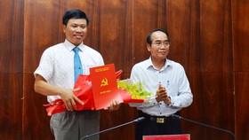 Ông Phan Xuân Toàn nhận Quyết định 2626-QĐ/TU của Ban Thường vụ Tỉnh ủy tỉnh Thừa Thiên - Huế 