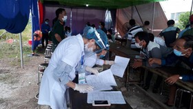 Công dân Huế từ vùng có dịch Covid-19 trở về nhà vẫn phải khai báo y tế và cách ly theo quy định 