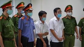 Hưng và Hoài đều là chuyên viên Trung tâm phát triển quỹ đất TP Huế 