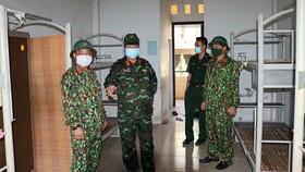 Bộ Chỉ quân sự tỉnh Thừa Thiên - Huế chuẩn bị sẵn sàng các khu cách ly đón công dân từ TPHCM về quê. 