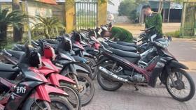Tang vật xe máy tại cơ quan điều tra. Ảnh Công an Hà Tĩnh cung cấp