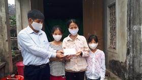 Báo SGGP trao 83,6 triệu đồng hỗ trợ các gia đình có hoàn cảnh khó khăn