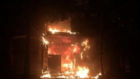 Hiện trường vụ cháy lúc rạng sáng ở TP Hà Tĩnh