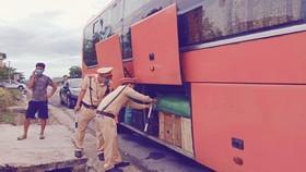 Số khẩu trang được vận chuyển trên xe khách