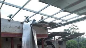 Lốc xoáy gây thiệt hại nặng về tài sản của người dân Hà Tĩnh