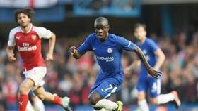 Mất N'Golo Kante trong thời gian dài là tổn thất rất lớn với Chelsea. Ảnh: Getty Images