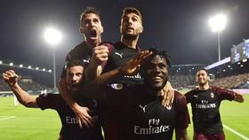 Niềm vui chiến thắng của AC Milan đã không trọn vẹn. Ảnh: Getty Images