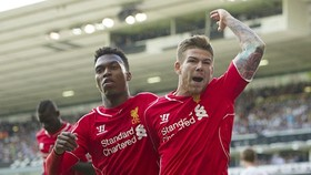 Daniel Sturridge và Alberto Moreno (phải) đã phải rời Liverpool. Ảnh: Getty Images