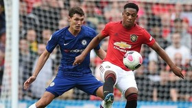 Chelsea (trái) sớm đứng trước cơ hội phục thù Man.United. Ảnh: Getty Images