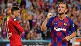 Ivan Rakitic đánh mất vị trí quá nhanh ở Barca. Ảnh: Getty Images