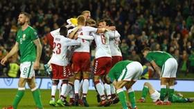 Đan Mạch đã hoàn thành nhiệm vụ sau thách thức căng thẳng. Ảnh: Getty Images