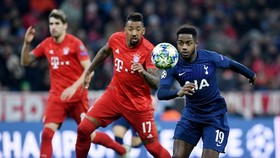 HLV Jose Mourinho tin Tottenham (phải) sẽ rất mạnh nếu gặp lại Bayern từ tứ kết. Ảnh: Getty Images