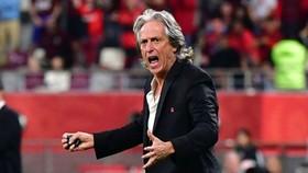 Jorge Jesus tuyên bố sẵn sàng đánh bại Liverpool nếu họ gặp nhau ở chung kết. Ảnh: Getty Images