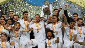Real Madrid và danh hiệu Siêu cúp Tây Ban Nha thứ 11 trong lịch sử. Ảnh: Getty Images