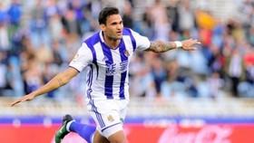 Willian Jose đang là mục tiêu hàng đầu khi Barca muốn giải quyết vấn đề hàng công. Ảnh: Getty Images