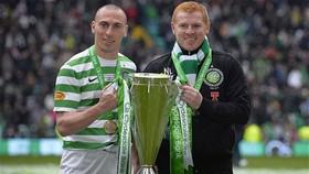 HLV Neil Lennon và các học trò ở Celtic phải chờ lâu để nâng chức vô địch tiếp theo. Ảnh: Getty Images
