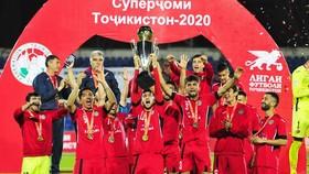 Istiklol nâng Siêu cúp Tajikistan. Ảnh: AFC.com