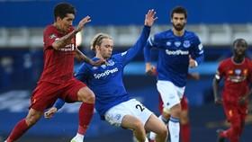 Liverpool bị Everton chia điểm trong một cuộc chiến chặt chẽ. Ảnh: Getty Images