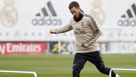 Một buổi tập lúc này vẫn có thể khiến Eden Hazard dính chấn thương nghiêm trọng. Ảnh: Getty Images