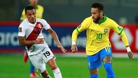 Neymar tỏa sáng giúp Brazil ghi chiến thắng quan trọng tại Peru.