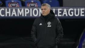 HLV Ole Gunnar Solskjaer né tránh bàn về tương lai ở Man.United. Ảnh: Getty Images