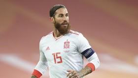 Sergio Ramos trong trận hòa 1-1 với Hà Lan hôm thứ tư. Ảnh: Getty Images