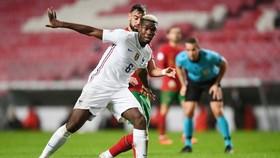 Paul Pogba vừa giúp Pháp thắng Bồ Đào Nha của đồng đội Bruno Fernandes.