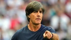 HLV Joachim Loew sẽ tiếp tục dẫn dắt đội tuyển Đức tại giải Vô địch châu Âu vào năm.