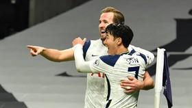 Son Heung-min và Harry Kane tiếp tục mang về chiến thắng cho Tottenham. Ảnh: Getty Images