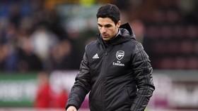 HLV Mikel Arteta sẽ rất khó khăn để xoay chyển tình thế tại Arsenal. Ảnh: Getty Images