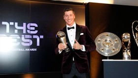 Tiền đạo Robert Lewandowski của Bayern Munich thắng giải hoàn toàn xứng đáng.